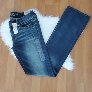 NWT American Eagle kick boot jeans 6 Long